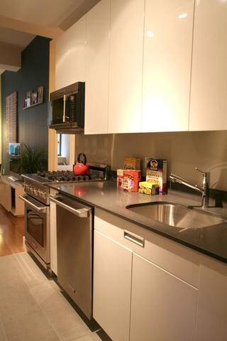 简约温馨单身居所欣赏厨房橱柜设计
