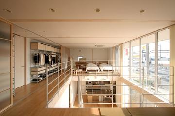 124平日式清爽别墅欣赏卧室过道设计