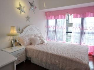 粉嫩简约住宅欣赏卧室窗户