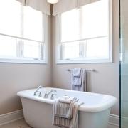 简欧风格浴室浴缸装修效果图
