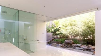 现代风格别墅花园景色