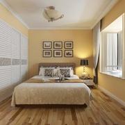 简单与纯净 温馨卧室照片墙装饰图