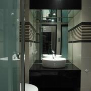 现代复式豪宅卫生间台面