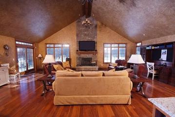 美式阁楼设计客厅效果图