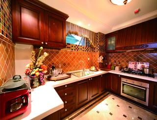 混搭红色典雅别墅欣赏厨房