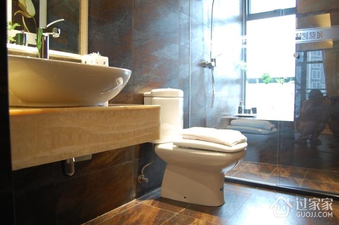 现代风格套图效果卫生间马桶效果图