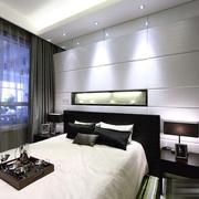 舒适大气的卧室窗帘图片