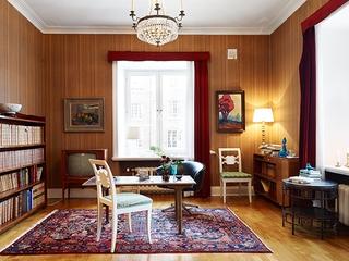 古典气质混搭一居室欣赏