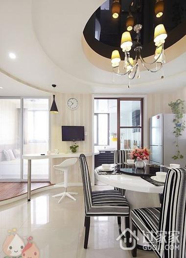 112平白色现代风住宅欣赏餐厅餐桌