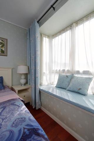 76平白色美式两居室欣赏卧室局部