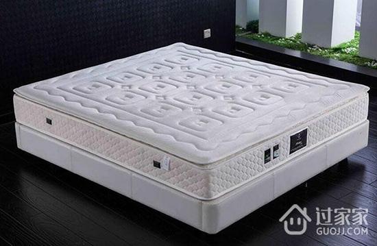 如何选购不同类型的床垫 乳胶床垫不是你想的那么好
