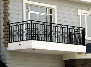 锌钢阳台护栏的材质与工艺