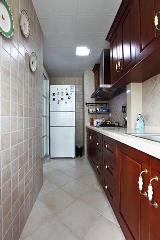 79平白色美式住宅欣赏橱柜设计