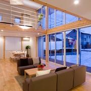 121平日式风格别墅欣赏客厅效果