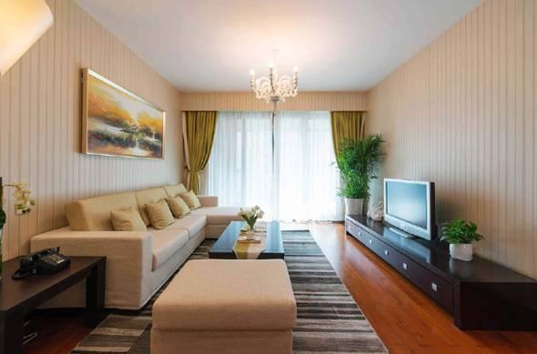 空间不大就做了个榻榻米 用橙色打造93平三居室