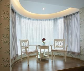 田园风三居室欣赏阳台窗帘
