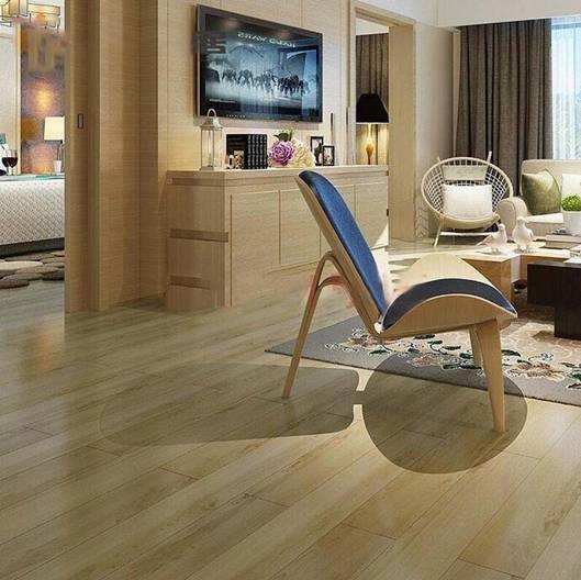 邻居家新房装修比我家省5000元,原来是铺了地板革!
