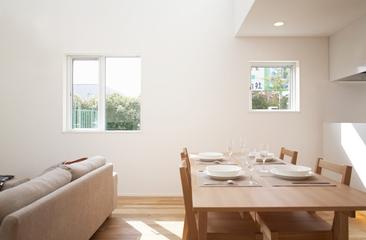 144平日式风格别墅欣赏餐厅设计