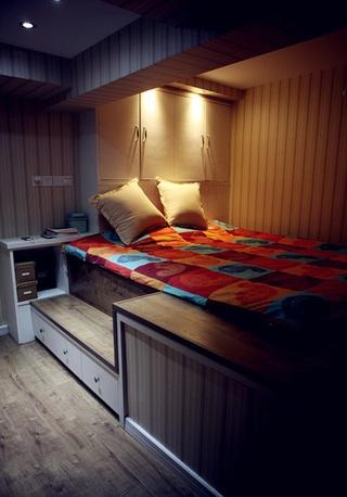 50平简约温馨loft卧室榻榻米设计