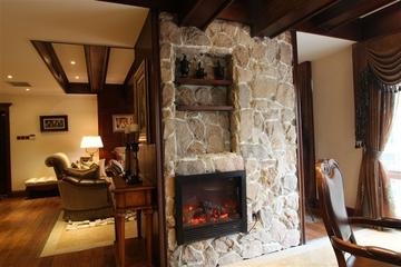 咖啡色欧式样板房欣赏客厅效果