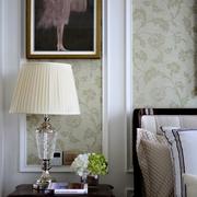 欧式复式住宅设计卧室床头灯