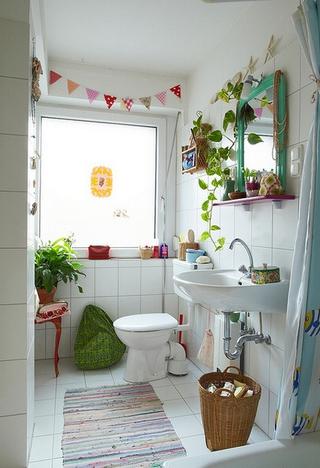田园小户型住宅欣赏卫生间窗户