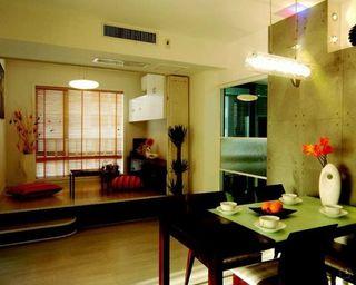 65平方米两室两厅简约装修 跃层式阳台设计浪漫休闲