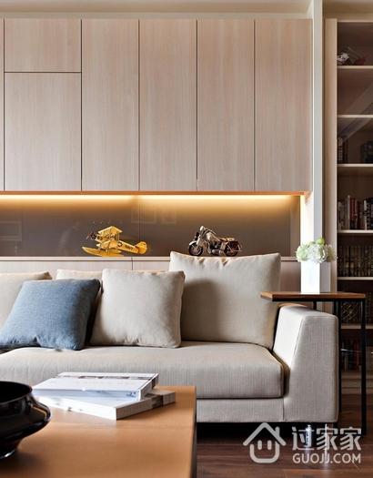 客厅原木色衣柜装修效果图 现代家居