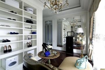 奢华欧式260平豪宅欣赏客厅效果