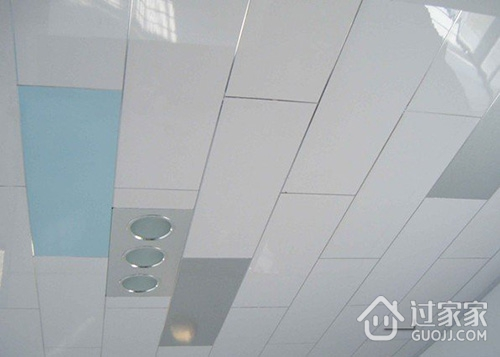 装修经验分享:不同吊顶材料的优缺点,如何选购吊顶材料