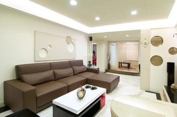三室两厅简约住宅欣赏