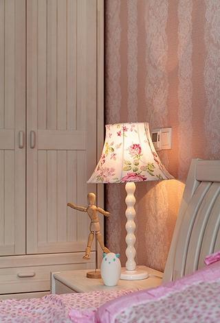 新古典雅致三居欣赏卧室灯饰