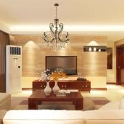 9万打造温馨三居室 简约客厅灯饰装修效果图