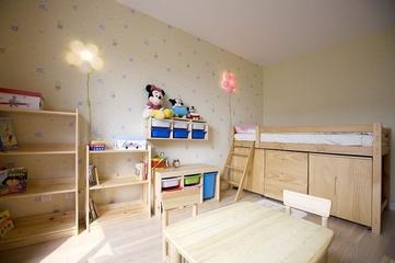 95平清爽日式欣赏儿童房