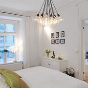 白色欧式风卧室效果图