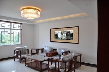 白色新中式风格住宅欣赏