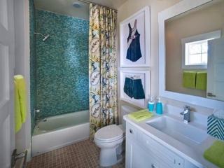118平美式风格复式楼欣赏卫生间