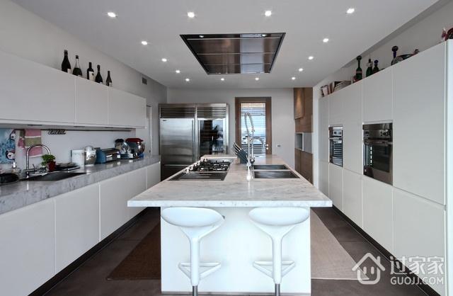 现代优雅两居室欣赏厨房橱柜设计