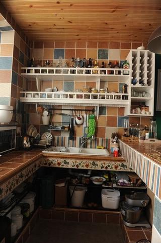 简洁一居室小豪宅欣赏厨房橱柜