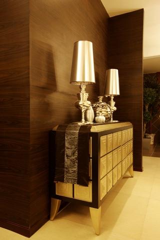 现代美式家装的清新格调过道