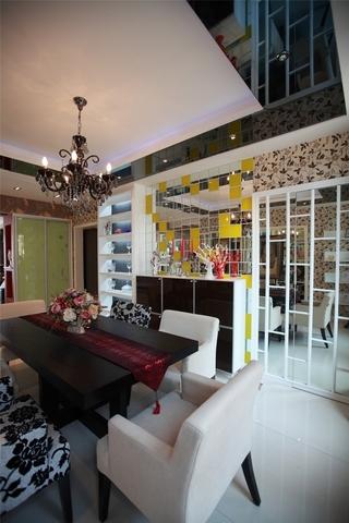 117平混搭时尚住宅欣赏餐厅摆件