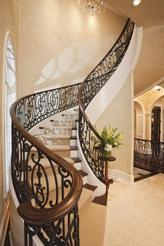 法式别墅套图欣赏楼梯