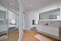 现代海景别墅卫生间设计