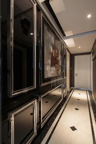 现代风三居室案例欣赏玄关背景墙