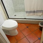 现代简约装饰套图浴室地板设计