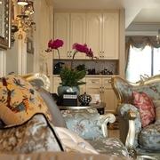 客厅花艺装饰效果图 浪漫家居色彩