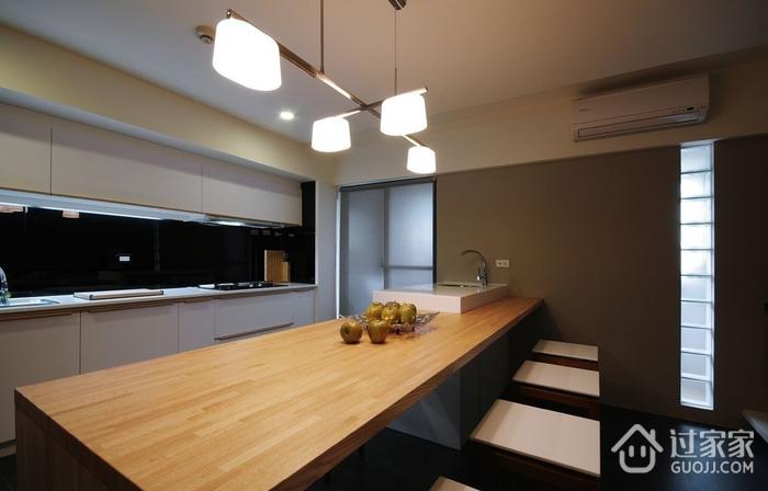 现代家居两居室欣赏餐厅餐桌