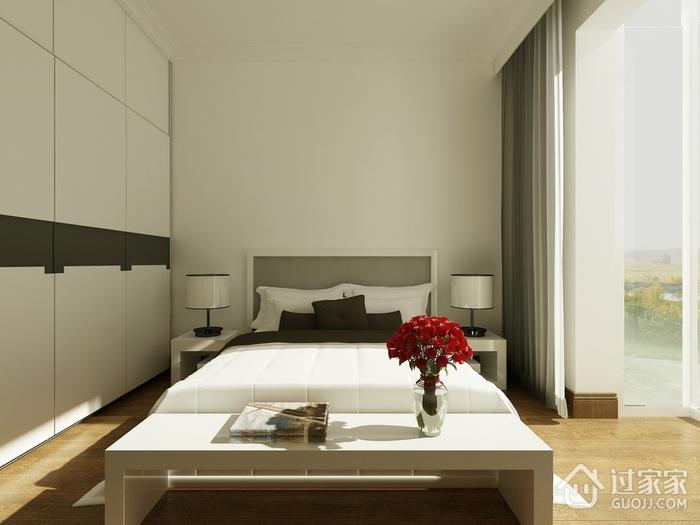 淡雅出彩简约两居室欣赏卧室衣柜
