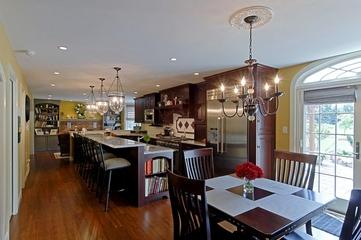 法式风格装饰住宅餐厅