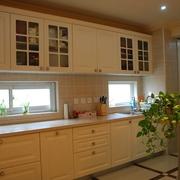 奢华欧式风情四居室欣赏厨房橱柜设计
